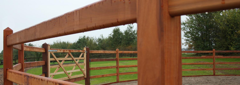 Oxford-staketet är perfekt för roundpens | Poda Stängsel